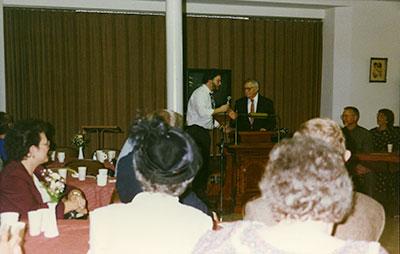 pastor-microphone